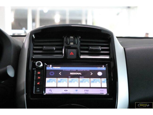 Nissan Versa 1.6 SL 2020